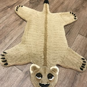 Lioness wool rug